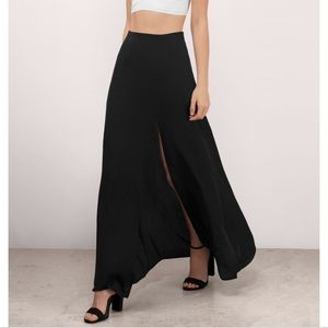 Long black Tobi skirt